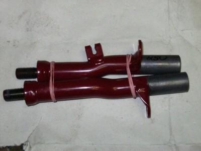 L027 Držáky předních stupaček - Panelka 250