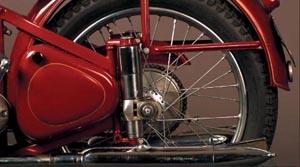 Jawa 350 Pérák - detail kola