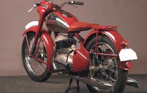 Jawa 350 Pérák - zadní pohled